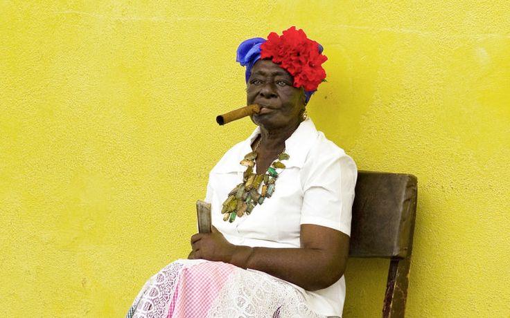 Havannalaisten rento elämänilo hurmaa! www.apollomatkat.fi #Kuuba #Havanna