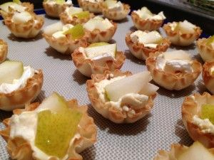 Pear & Brie tart appetizers | Favorite Recipes | Pinterest