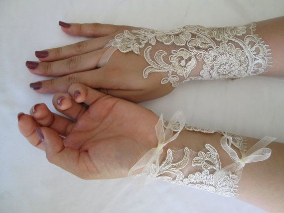 Free shipping Wedding lace gloves Bridal by TurquoiseGift on Etsy