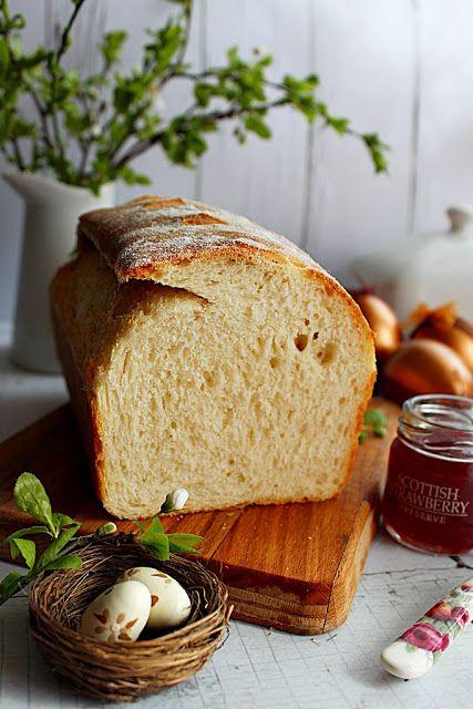 Esküszöm, én egy nyuszit vélek felfedezni benne...                  Mostanában rászoktam a kenyérsütésre, főleg amióta kaptam egy tippe...