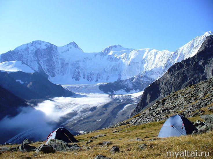 Вид на Аккемский ледник горы Белуха