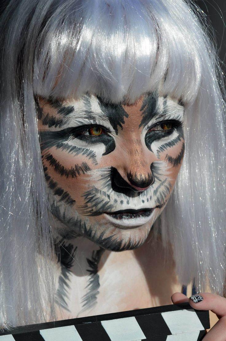 """ Tiger "" Mua Έλλη Θεοδωρίδου"