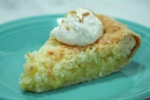 Creamy Smooth Coconut Pie