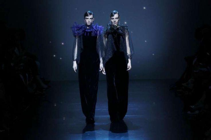 Giorgio Armani Privé, haute couture A/I 2012-2013 - Abiti scuri e couture Giorgio Armani Privé