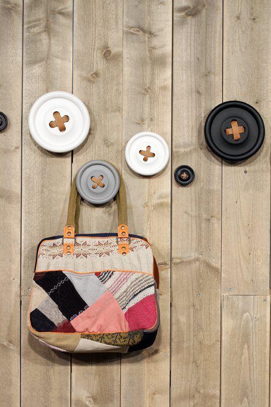 Dřevěný věšák Button White 6 cm | Nordic Day