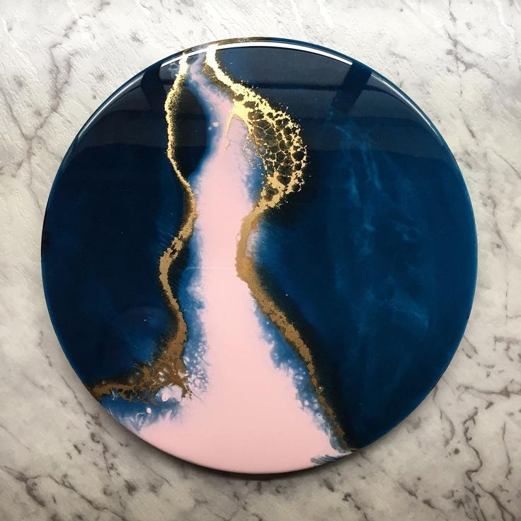 • J U N O • This 30cm piece is now available on my Etsy, go have a peek! (Link in my description) . . . . . . . . . #fluidart #fluidartist #fluidpainting #resin #resinart #resinartist #resinpainting #abstract #abstractart #etsy #etsyau #homedecor #homedecorating #homedecoration #interiorart #interiorstyling #interiordesign #interiordecor #interiordecorating #interiordecoration #australianartist #australianart #melbourneartist #melbourneart