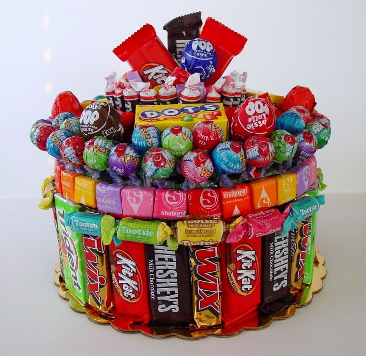 12 Lovely Candy Gram Bouquets for the Whole Year, dump the melty chocolate and take one of these camping for the kids to pick off of