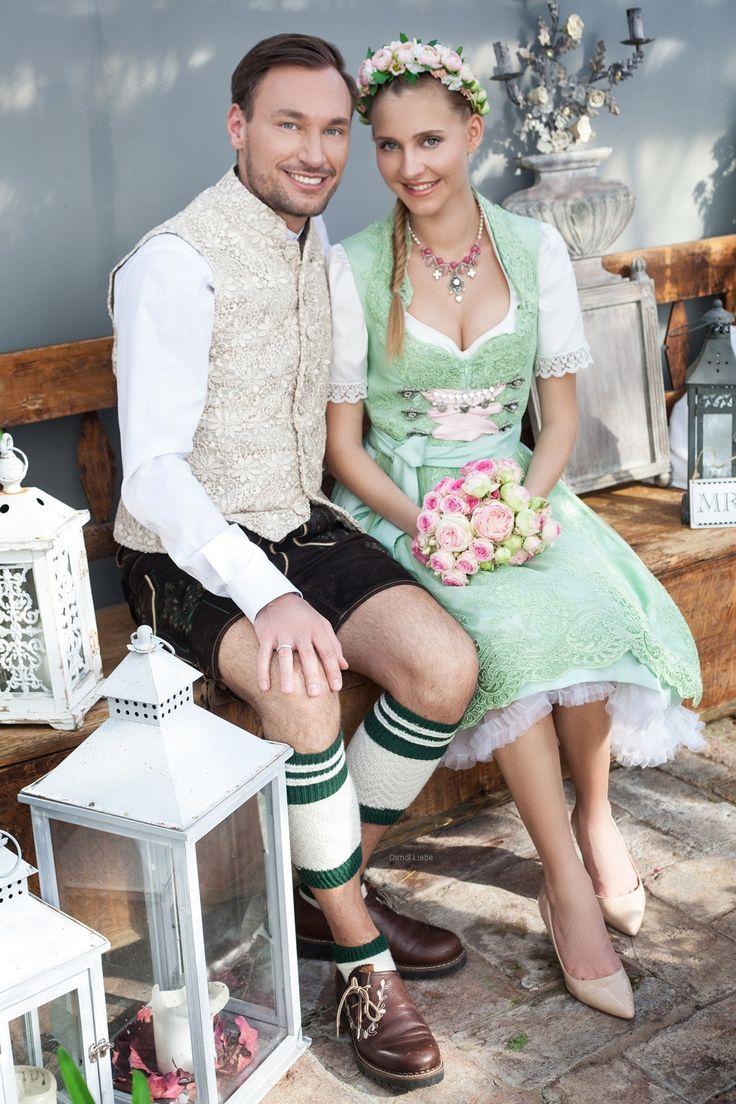 Hochzeitsdirndl von Dirndl Liebe. Zauberhafte Spitzendirndl lassen Sie an ihrem großen Tag strahlen. We love