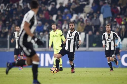Sport: #Juventus-Bologna #3-0 #voti e pagelle: Higuain letale Pjanic disegna Destro anonimo (link: http://ift.tt/2jjoUJd )