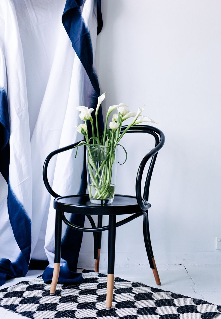 Pairing the sculptural - white Calla Lilies with white Tulips. Photography: Hannah Blackmore. Styling: Olivia Blackmore.
