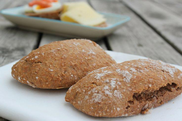 No knead  - whole wheat breakfast rolls