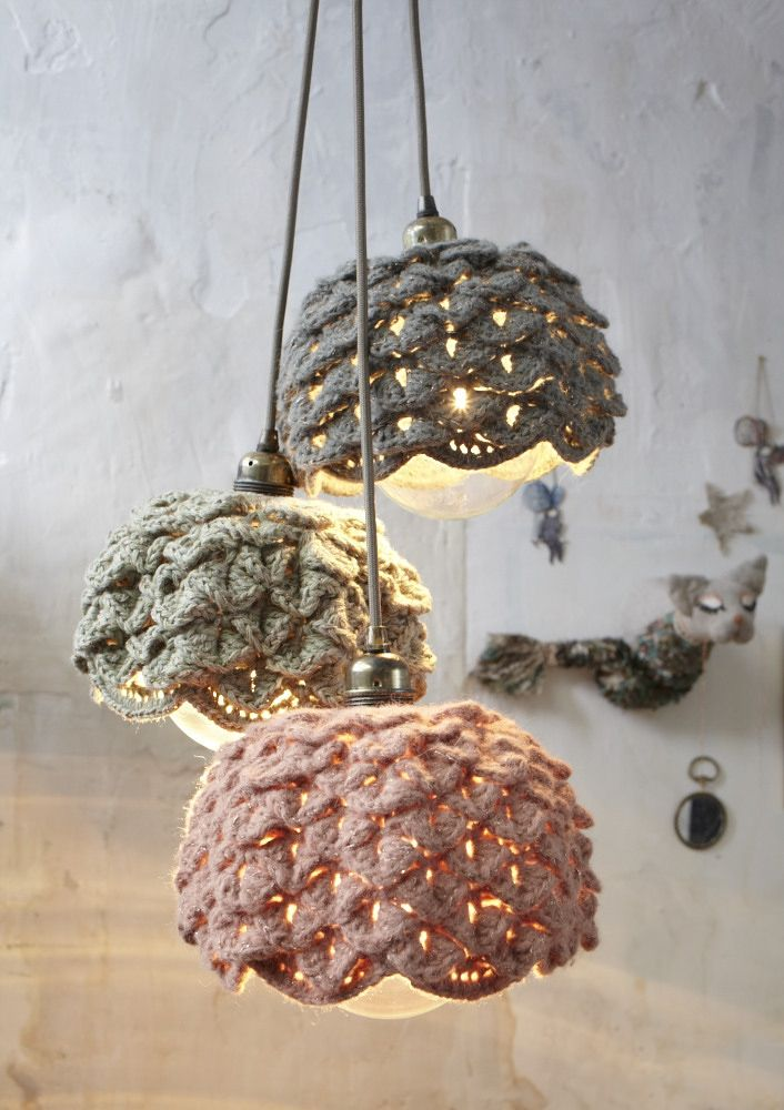 Lamp crochet-cloche