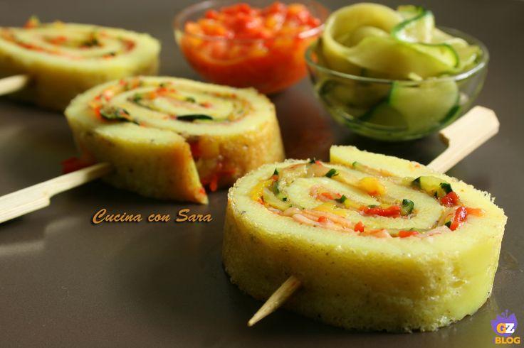 Girelle di frittata zucchine e peperoni. Semplici da preparare e molto sfiziose: le girelle di frittata si prestano ad essere farcite in modi diversi per adattarle ai gusti personali.