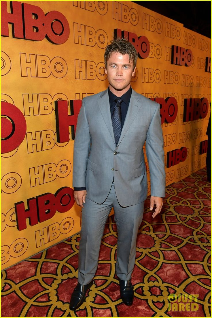 Westworld's James Marsden, Luke Hemsworth & Ben Barnes Party with HBO After Emmys 2017!