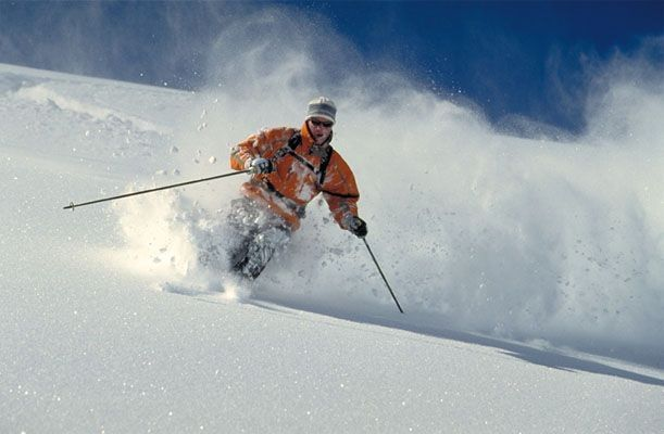 Skiing – Tips and Precautions >>Skiing is a wonderful sport that allows you to skim over the powdery snow at high speeds, with the icy wind blowing in your face and adrenaline coursing through your veins! The mere description of the sport makes people wan to get up and go skiing down a snow covered slope. But before you jump on that ski lift and head off to the top of the slope, lets go through a few basic tips that every amateur #skiing enthusiast should keep in mind. #365hops…
