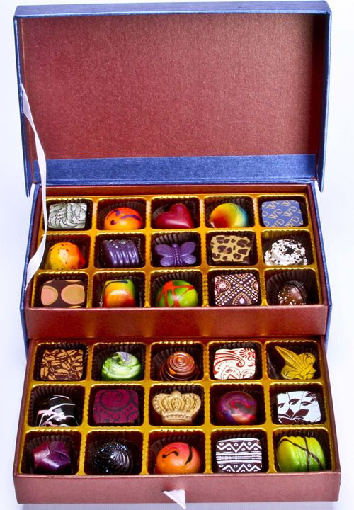 30-Piece Assortment by William Dean Chocolates.  Grand Master - International Chocolate Salon 2012. Now that is good looking chocolate.