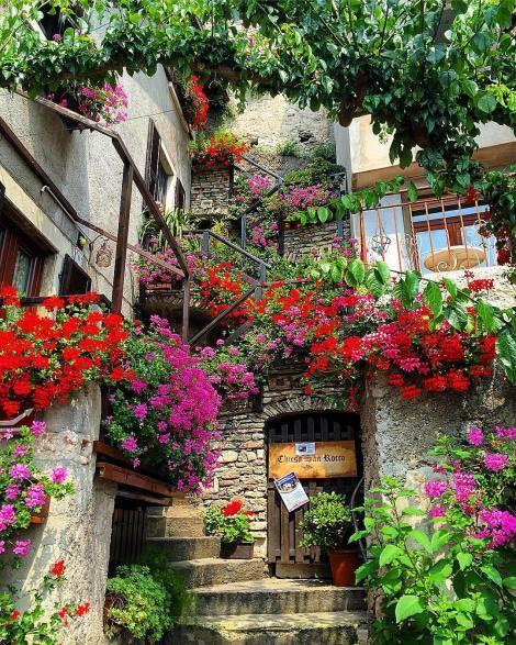 Limone sul Garda, Lake Garda | Sogno Italiano