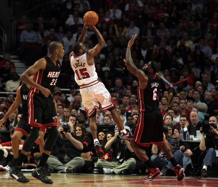 17 Best Images About Chicago Bulls On Pinterest