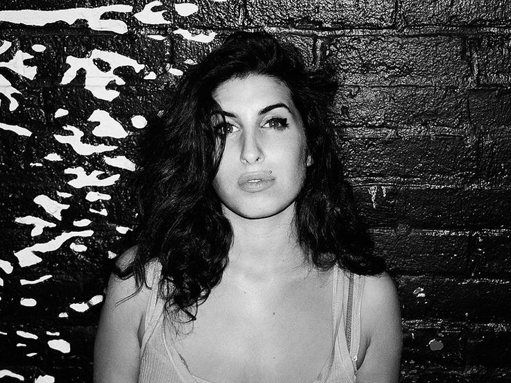 Photographer Shares Images of a Young Amy Winehouse: I Want People to Remember Her as a 'Happy-Go-Lucky Girl'  Amy Winehouse