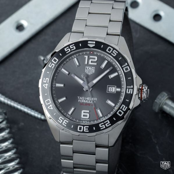 A timepiece that will last a lifetime. The TAG Heuer Formula 1 Calibre 5 is a sports watch built with #DontCrackUnderPressure spirit! #TAGHeuerFormula1 #KelleyJewelers #DowntownWeatherfordOK