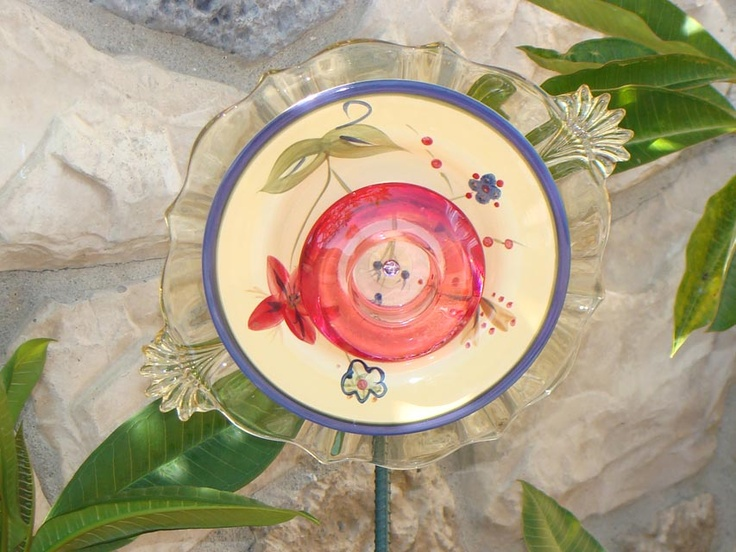 Sunshine Blue Bloomstake Flower Plate Garden Art