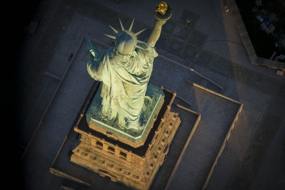 New York aerial pictures: Jason Hawkes bird's eye view Big Apple - Yahoo! News UK