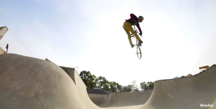 "Sunday Bikes - Gary Young ""Grow Up"" DVD Section  VIDEO: http://bmxunion.com/daily/sunday-bikes-gary-young-grow-up-section/  #BMX #bike #bicycle #sunday #sundaybikes #style"