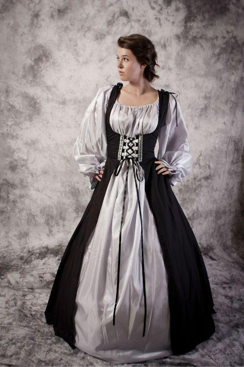 Medieval Scottish Woman   Medieval Scottish Tartan Costume Gown Dress Women LARP