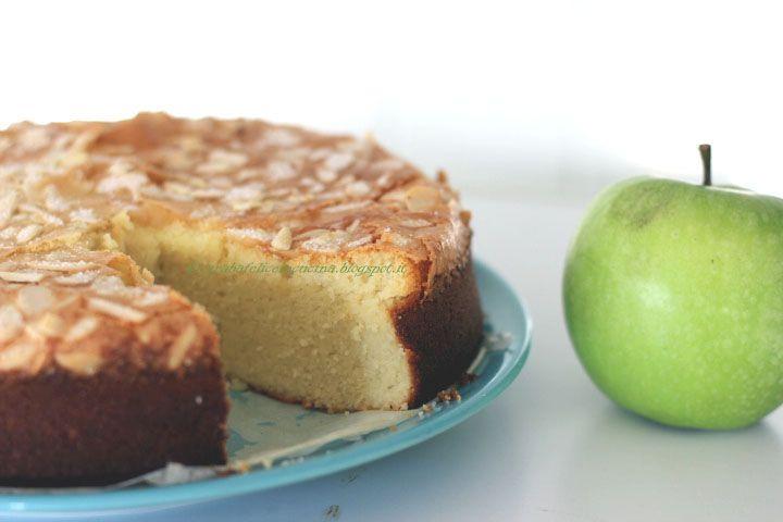Torta di mele gluten free senza burro senza olio senza farina solo mele, zucchero, farina di mandorle e uova