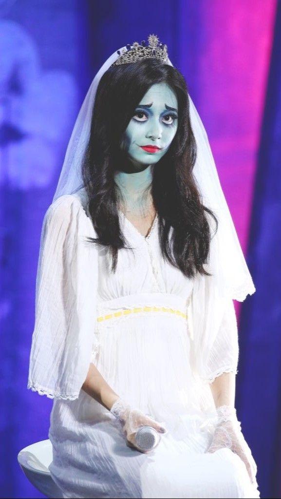 Twice Halloween Costumes : twice, halloween, costumes, Emily,