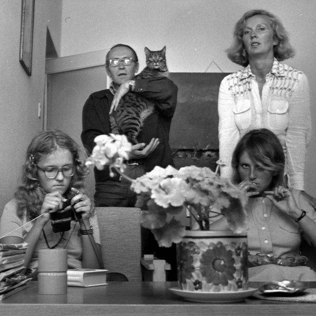 Tadeusz Konwicki with ...cat