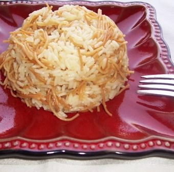 RICE WITH ANGEL HAIR PASTA (ARROZ CON FIDEOS)