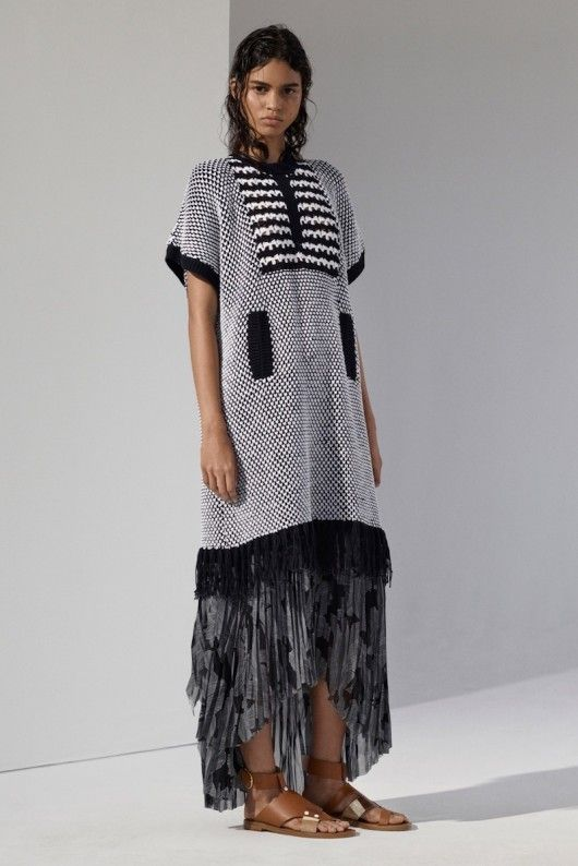Thakoon Resort 2016
