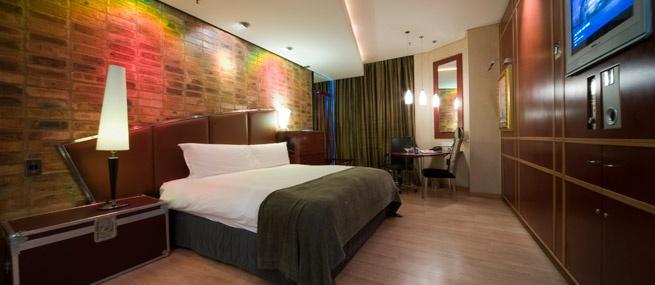 Standard Room - African Pride Melrose Arch Hotel