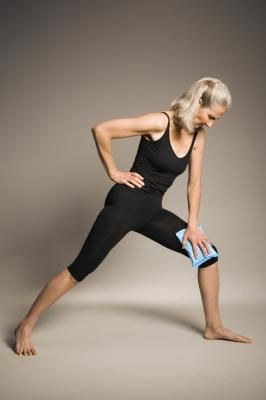 Stretching exercises for strengthening knee ligaments