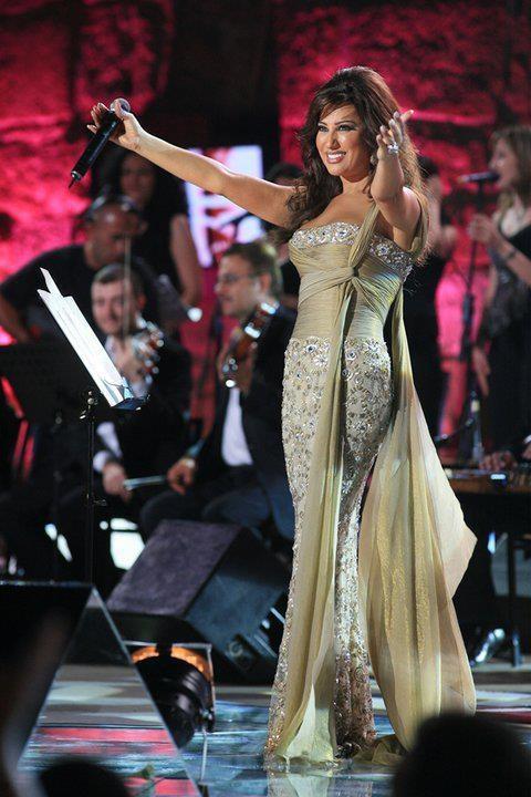 Arab Celebrity Style: Najwa Karam « Fashion (SansRetouches.com)