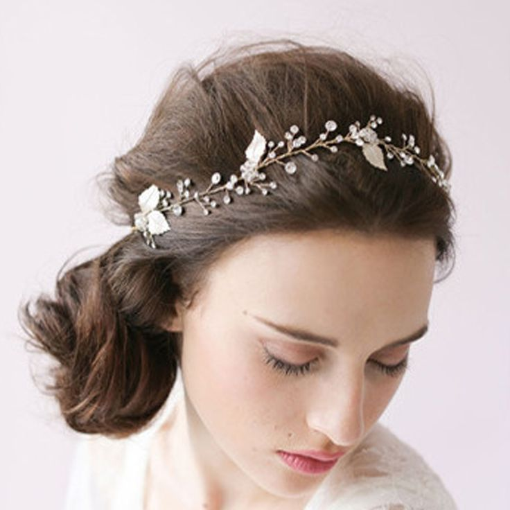 25+ best ideas about Wedding hair ornaments on Pinterest | Bridal ...