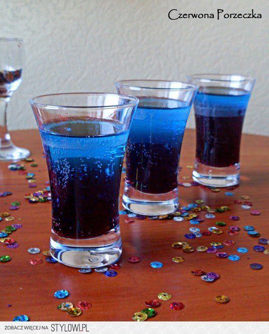 Smerfetka   Składniki (na 3 shoty): 60ml wódki 120ml na…