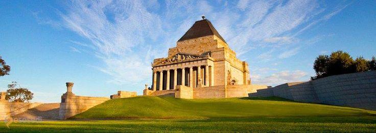 Монумент памяти – #Австралия #Виктория #Мельбурн (#AU_VIC) Крупнейший военный мемориал Австралии.  ↳ http://ru.esosedi.org/AU/VIC/1000241661/monument_pamyati/