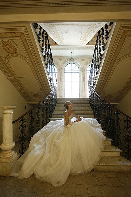 Now THAT'S a gown!