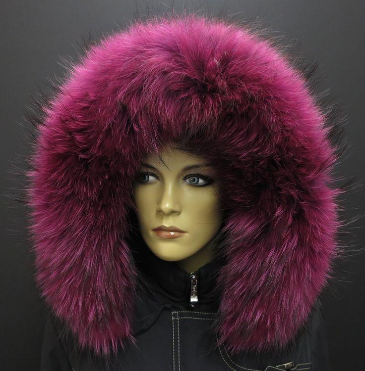 Extra mohutný a huňatý kožešinový lem na kapuci v růžové barvě - fuchsie. #spongr #kuzedeluxe #kozesinanakapuci #realfur #myvalovec #finnraccoon #fuchsiova #ruzova #pink