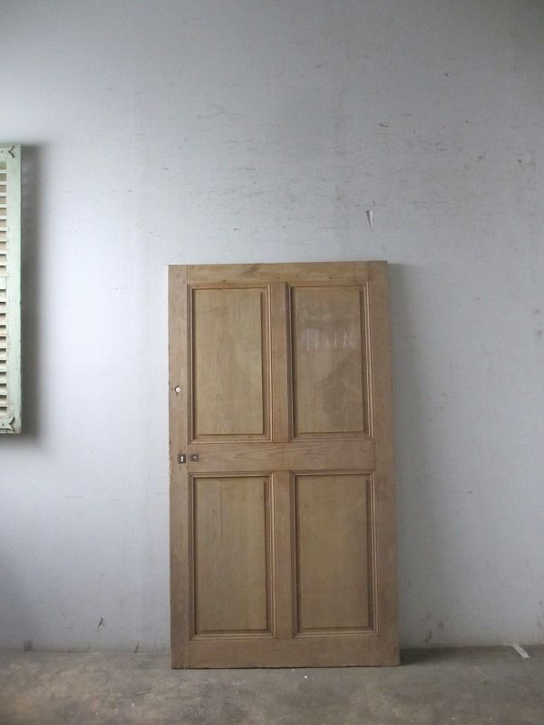 Boncote フランス アンティークドア 自社輸入 販売 取り付け簡単木枠付属玄関ドア 使えるアンティークドア多数在庫 ドアノブ カギなどヴィンテージパーツも在庫しております アンティーク ドア 室内ドア フランスアンティーク