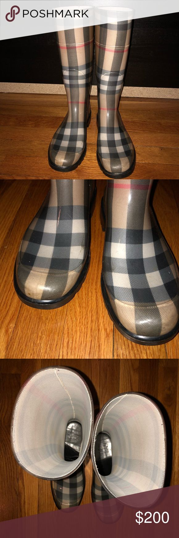 Burberry Classic Rain Boots 38 Size 38. Normal wear and tear. Both inside cardboard soles are slightly bent. Box not included. Burberry Shoes Winter & Rain Boots