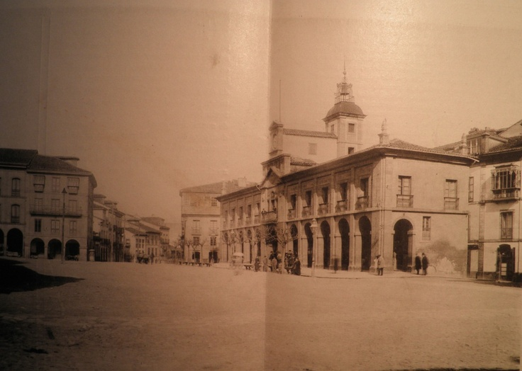 Ayuntamiento de Avilés, año 1900, Asturias #Spain
