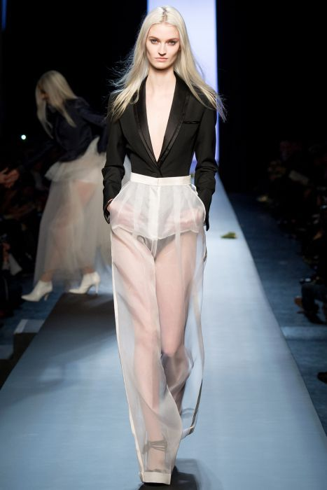 Jean-Paul Gaultier - Haute Couture Fashion Week Paris 2015 - Modelki Glamour
