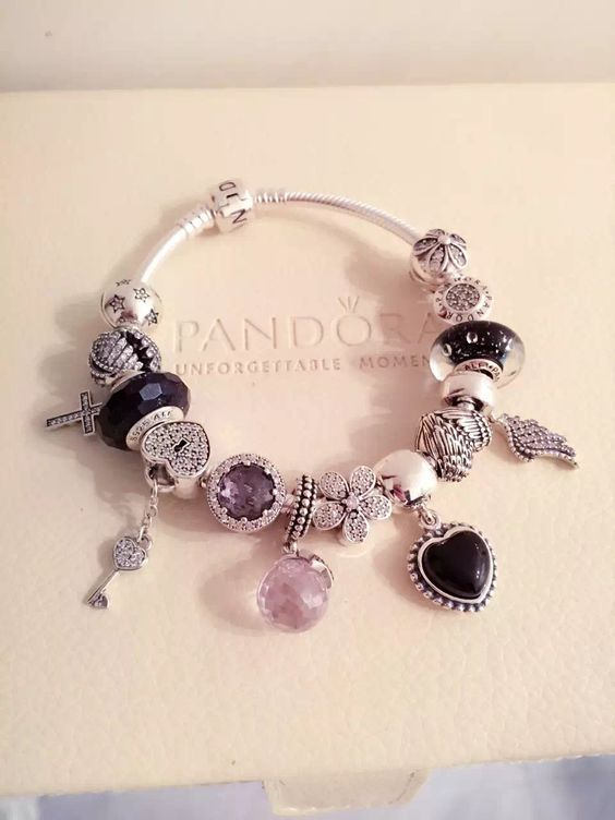 1000 ideas about pandora bracelets on pinterest pandora. Black Bedroom Furniture Sets. Home Design Ideas