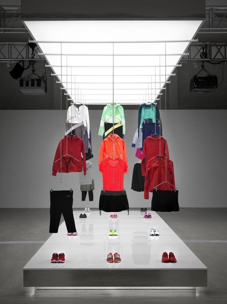Imagen 18 de 25 de la galería de Nike Pop Up Showroom / Maggie Peng & Albert Tien. Fotografía de Jonathan Leijonhufvud