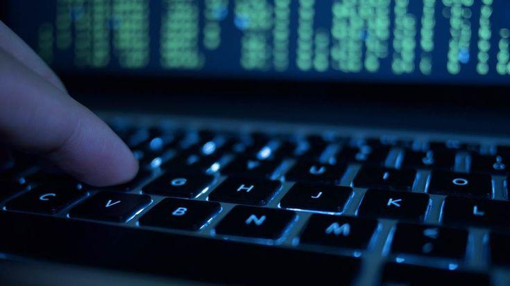 Ransomware, attacco globale in corso: caos anche in banche e aeroporti https://www.sapereweb.it/ransomware-attacco-globale-in-corso-caos-anche-in-banche-e-aeroporti/        Un massiccio attacco ransomware sta causando il caos inaeroporti, banche e molte altre istituzioni:Reuters riportadi disagi soprattutto in Russia e Ucraina ma — secondo le informazioni rilasciate dal British National Cyber Security Center, che sta monitorando la situazione — sono già...