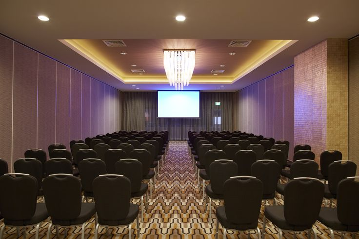 Rydges South Bank | Functions & Events | Podium Level Functions & Events | Podium Room 3 | Theatre Style