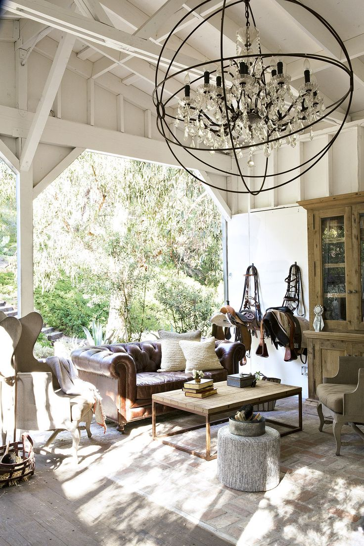 Best 25 outdoor chandelier ideas on pinterest rustic for Rustic outdoor chandelier